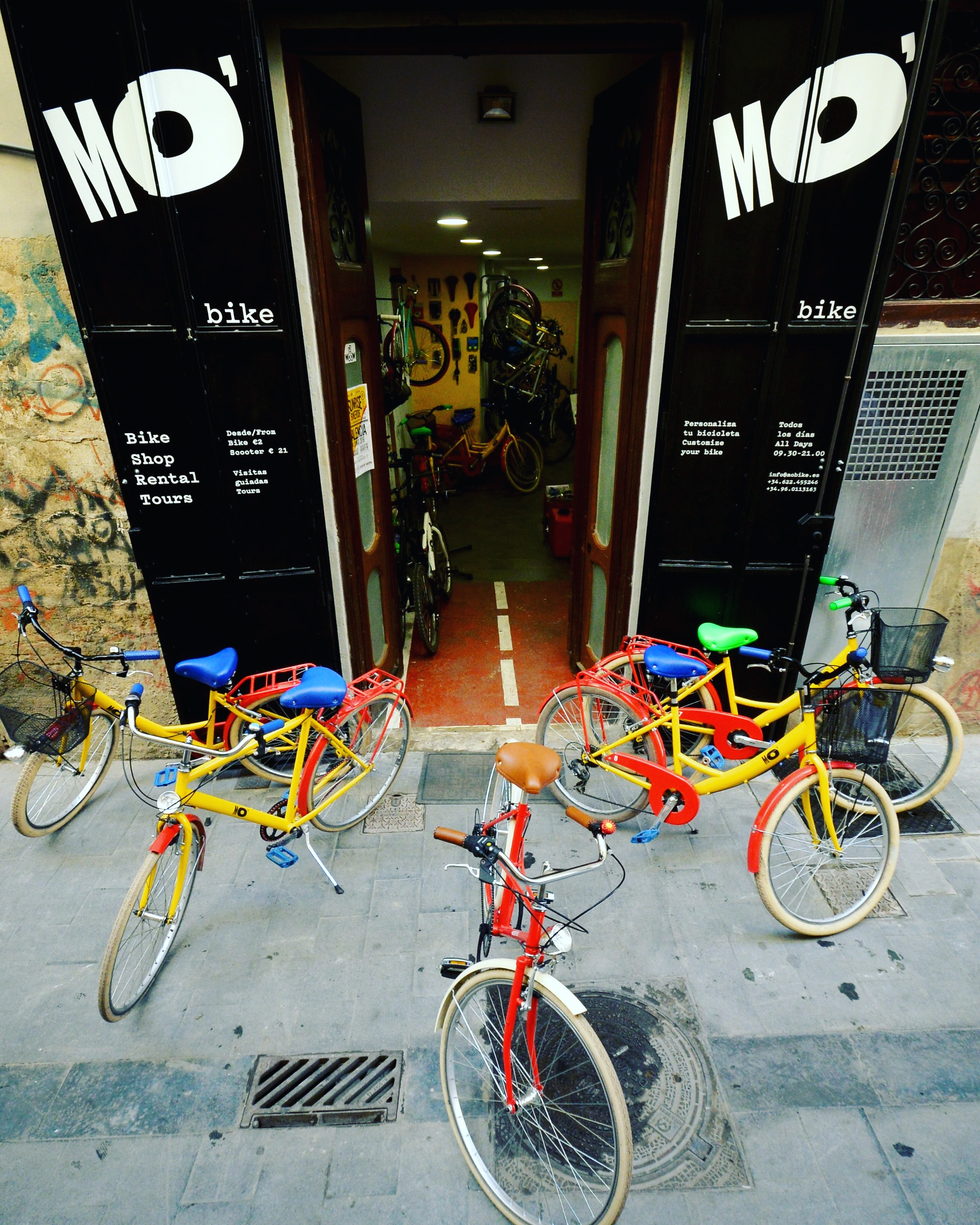 Rent a bike at MO'bike in Valencia?